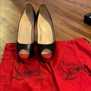 Louboutin heels size 41
